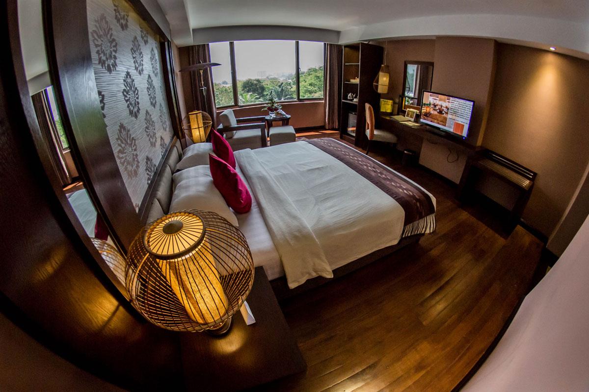 Superior Room Rose Garden Hotel Yangon Myanmar
